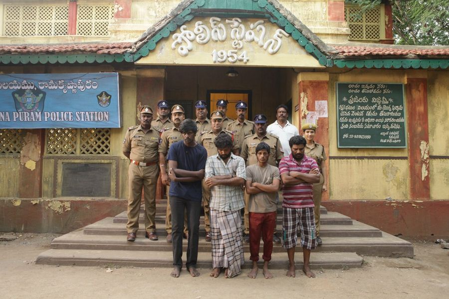 Visaranai-Movie-Photos-1