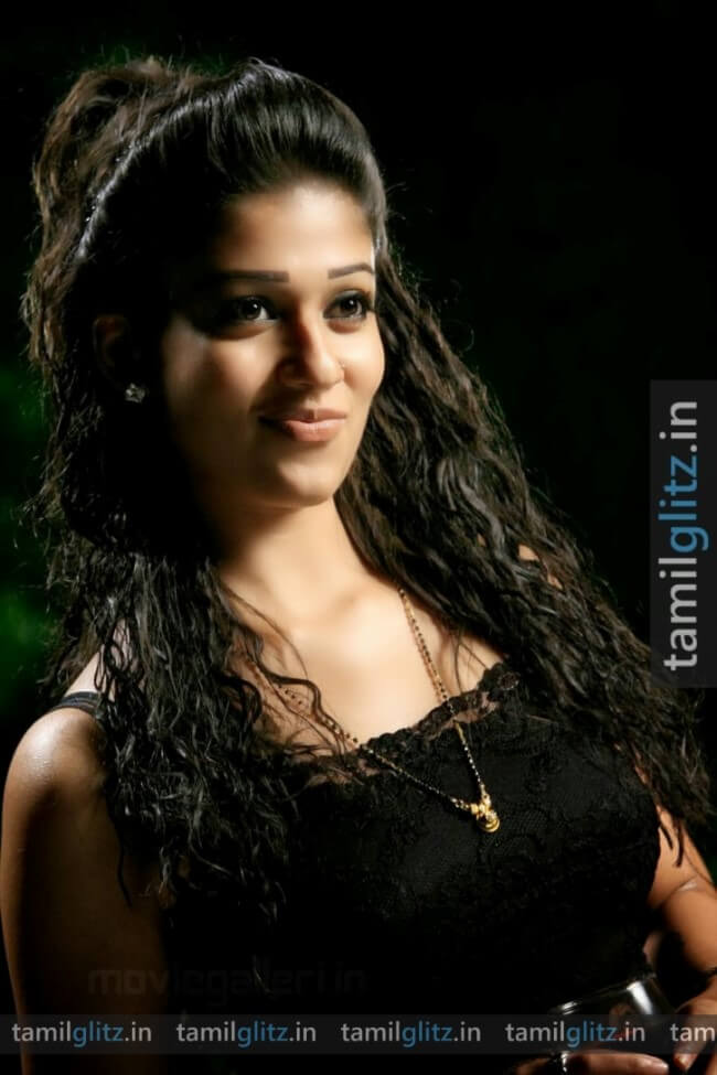 Nayanthara-Photos-HD-Images-TamilGlitz.in (10)