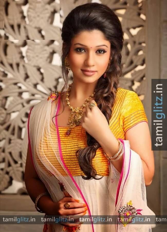 Nayanthara-Photos-HD-Images-TamilGlitz.in (18)