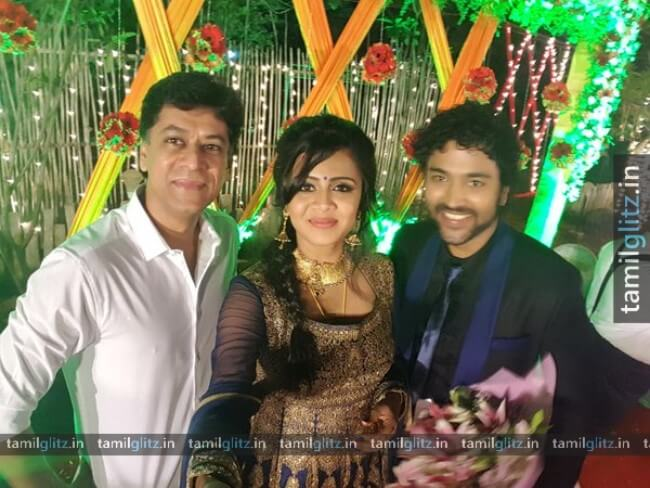 VJ-Anjana-Chandran-Wedding-Reception-Photos-11-TamilGlitz.in-Image