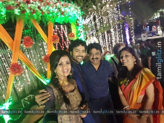 VJ-Anjana-Chandran-Wedding-Reception-Photos-12-TamilGlitz.in-Image