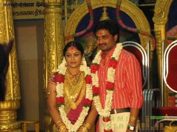 tamil-movies-saravanan-meenatchi-senthil-sreeja-marriage-photos04