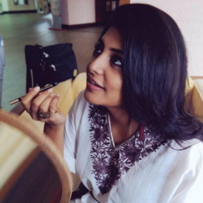 Top 25 Latest HD Stills of Birthday Girl Manjima Mohan 20