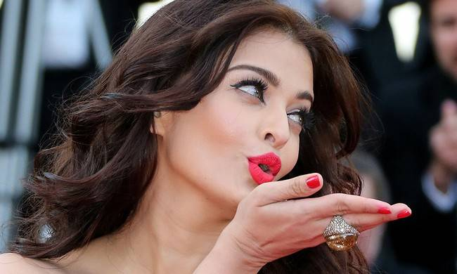 Aishwarya Rai Photos – HD Images 23