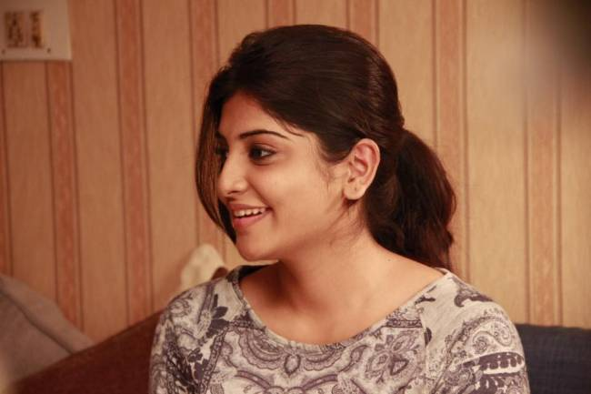 Top 25 Latest HD Stills of Birthday Girl Manjima Mohan 6