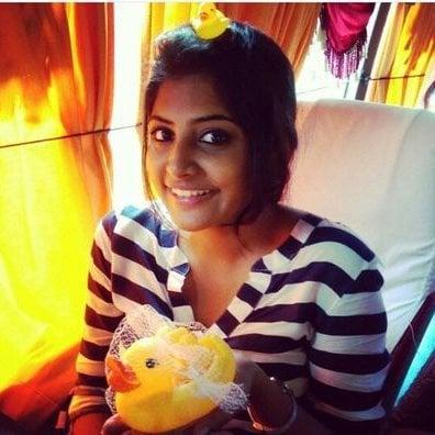 Top 25 Latest HD Stills of Birthday Girl Manjima Mohan 16