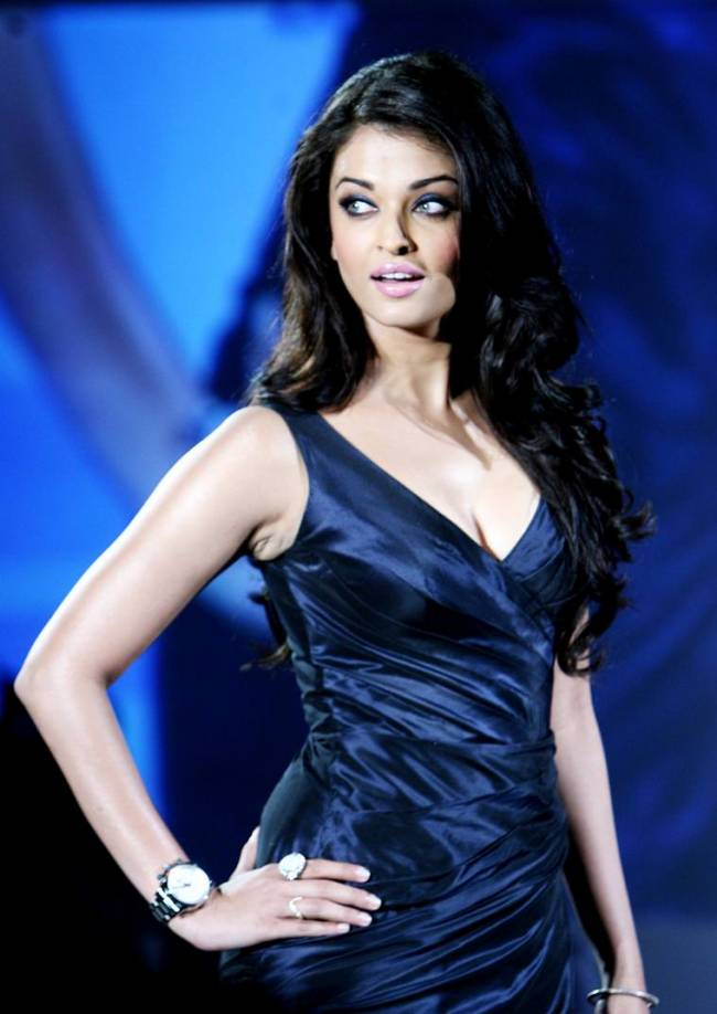 Aishwarya Rai Photos – HD Images 19
