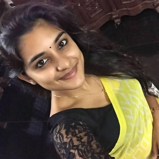 Top 10 Cute Malayalam Heroines in Tamil Cinema 5