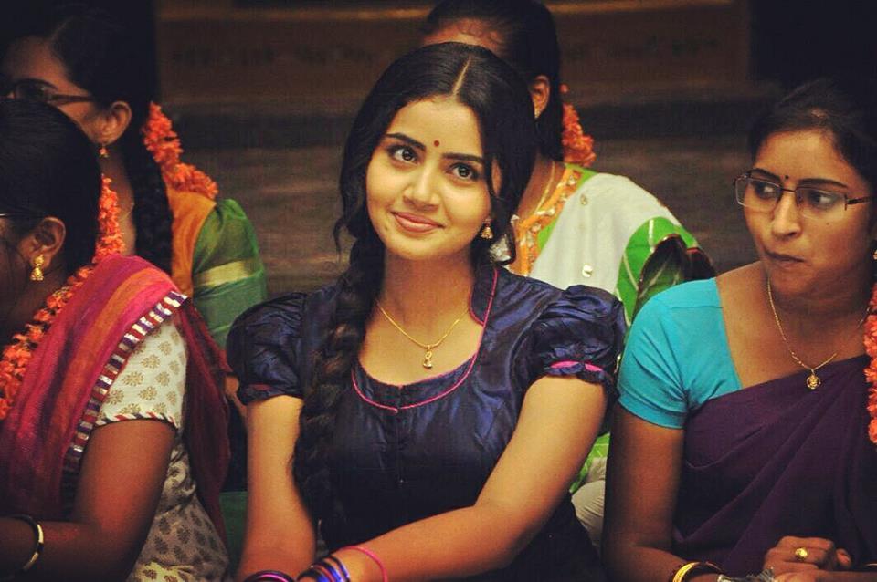 Top 10 Cute Photos of Anupama Parameshwaran 21