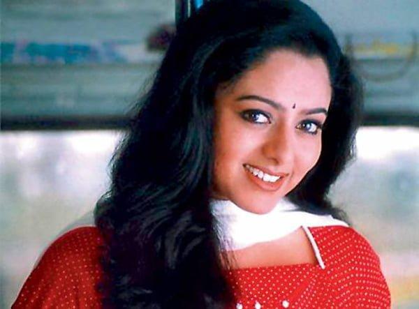 Top 10 Cute Actress in 90's 4