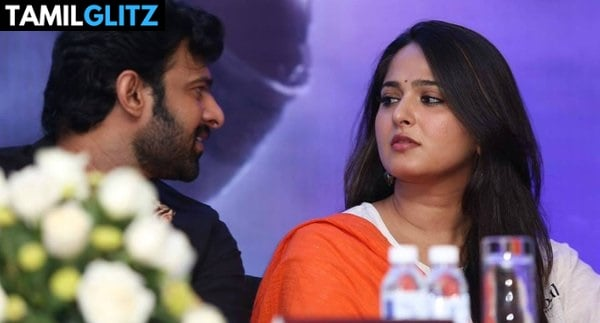 10 Unseen Photos of Anuskha and Prabhas 6