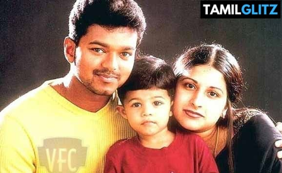 10 Interesting and Unknown Facts about Ilayathalapathy Vijay 23