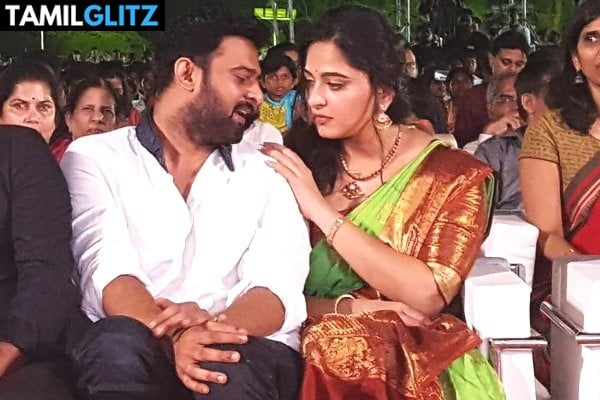 10 Unseen Photos of Anuskha and Prabhas 1