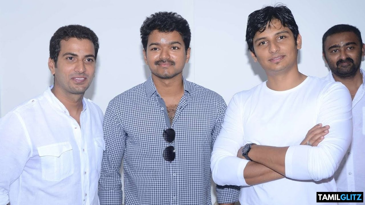 10 Interesting and Unknown Facts about Ilayathalapathy Vijay 27