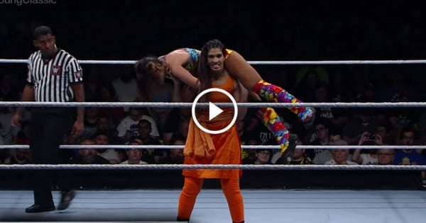 Indian Women Wrestler Smashed Opponent In WWE 1