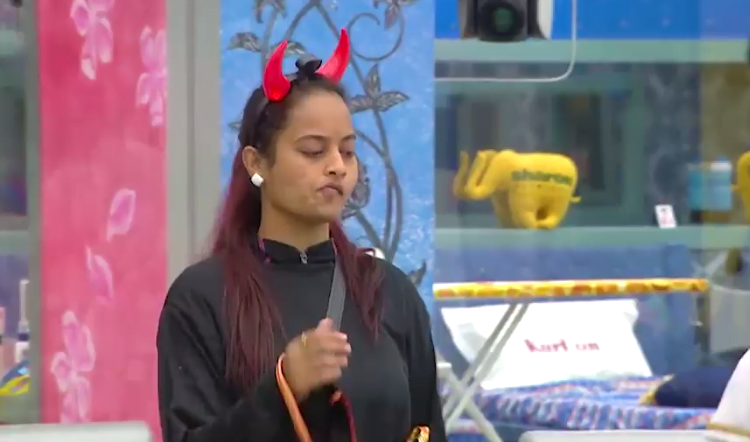 Suja Fights With Arav For Ghost And Angel Task 8