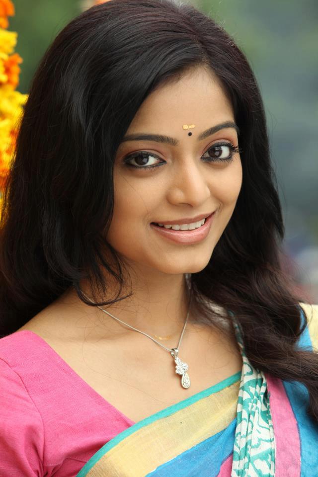 Janani Iyer Photos - HD Images 9