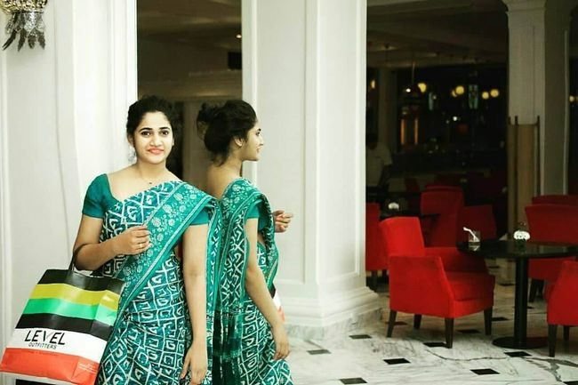 Losliya Photos (HD Images) - Bigg Boss Tamil 28