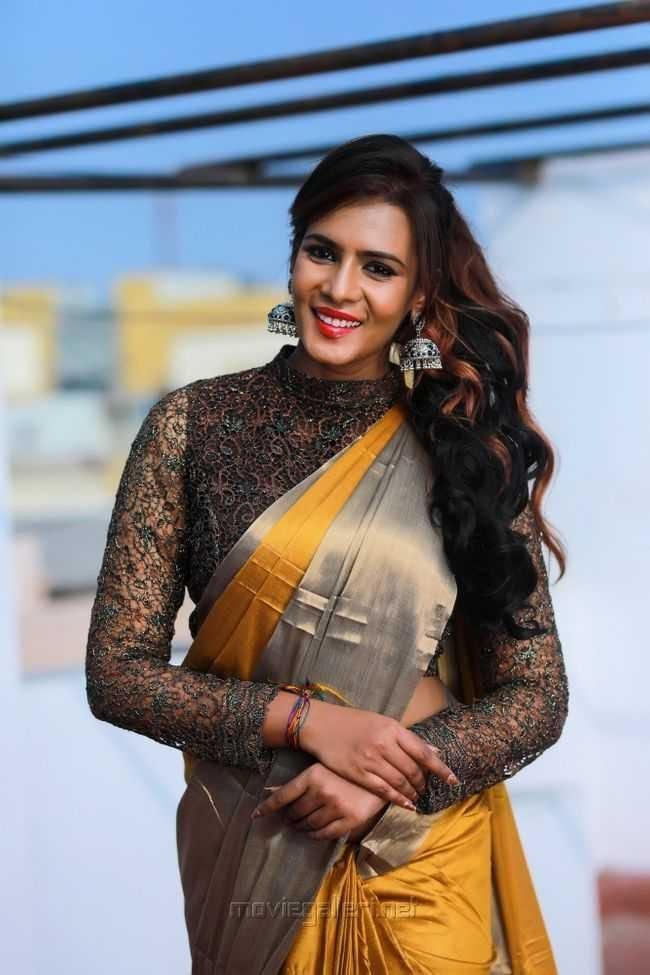Meera Mitun Photos (HD Images) - Bigg Boss Tamil 23
