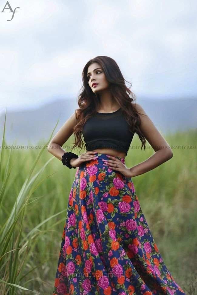 Meera Mitun Photos (HD Images) - Bigg Boss Tamil 28