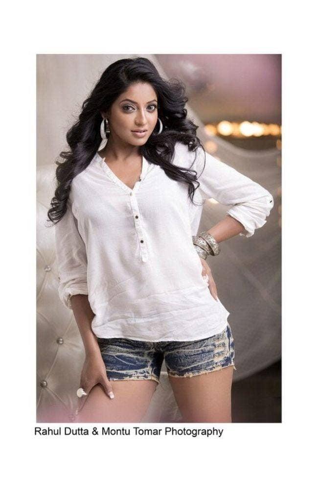 Reshma Pasupuleti Photos (HD Images)- Bigg Boss Tamil 10