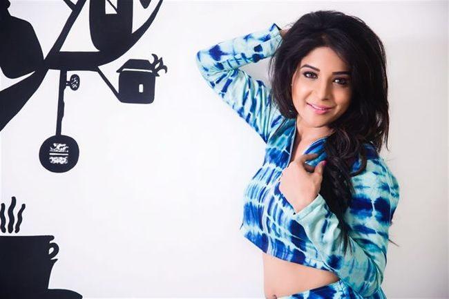 Sakshi Agarwal Photos (HD Images) - Bigg Boss Tamil 24