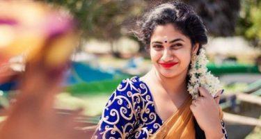 Losliya Photos (HD Images) – Bigg Boss Tamil