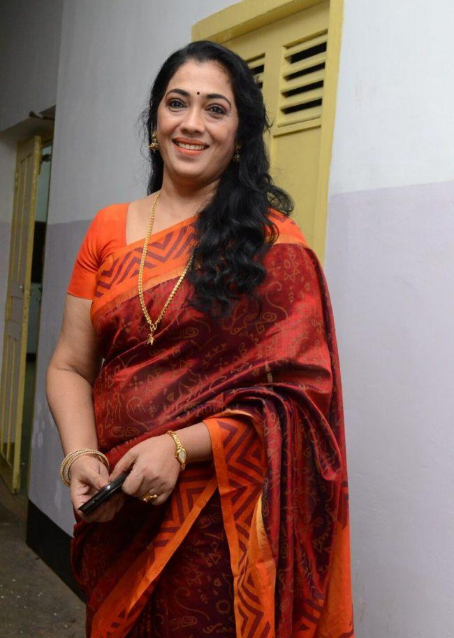 Rekha Actress biography