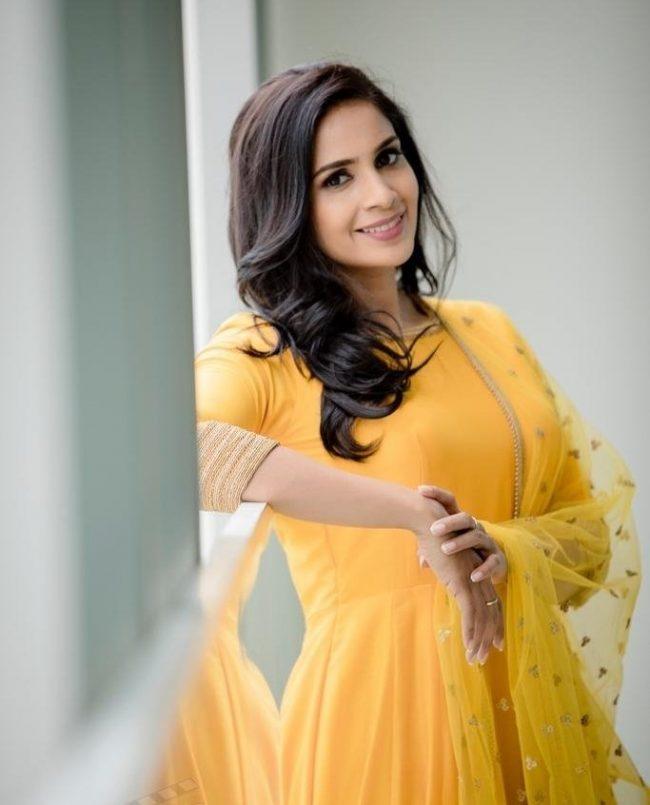 Samyuktha BB Tamil