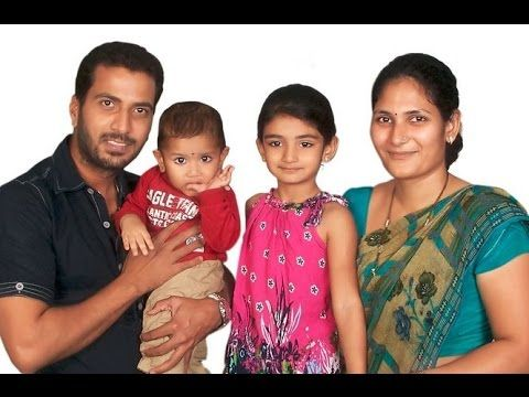 Jithan Ramesh family Picture