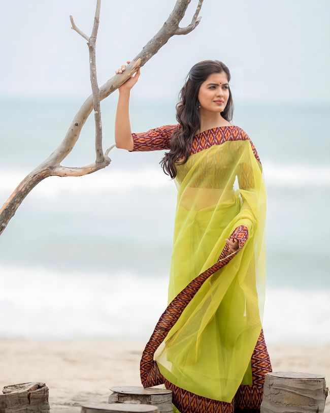 Amritha Aiyer Yellow Saree
