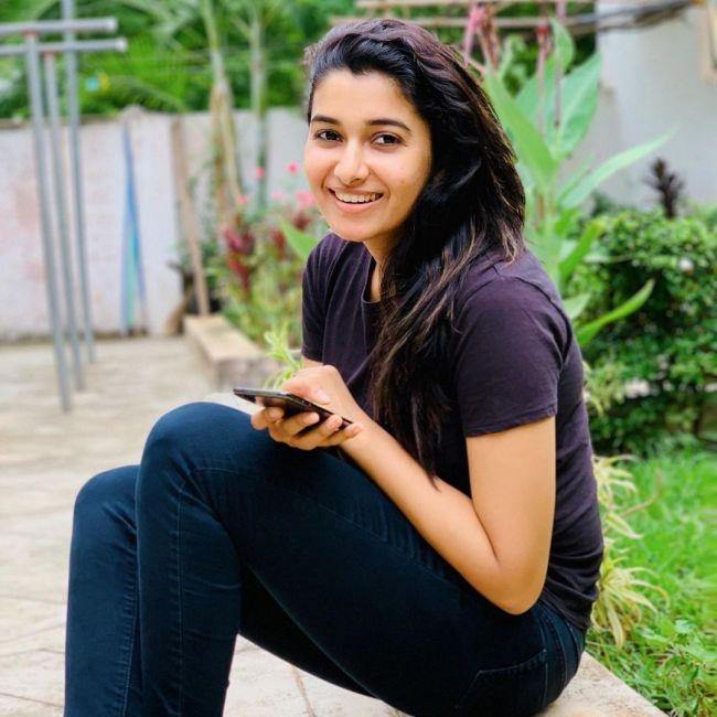 Priya Bhavani Shankar in Black