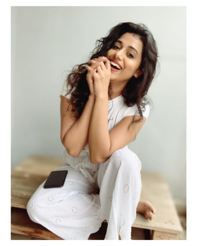 Shilpa Manjunath White