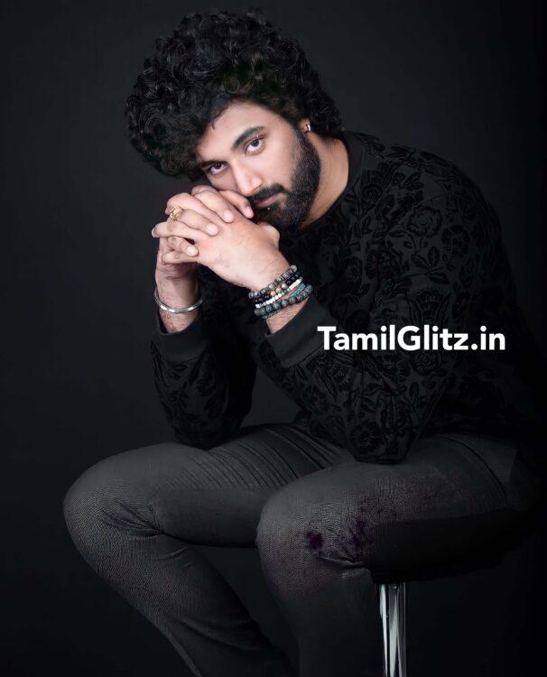 Bigg Boss Tamil Vote for Niroop Nandhakumar